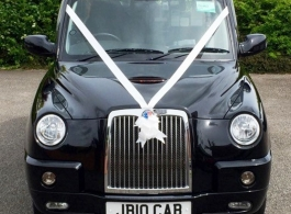 Black London Taxi for weddings in Rayleigh